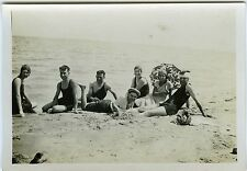 PHOTO SNAPSHOT 1930 Borg Cedria plage tenue de bain ancienne groupe parasol