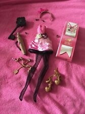 ��Ever After High C.A Cupid Wave 1 Outfit  Brand New  ��