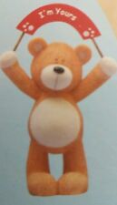 """VALENTINE/LOVE PODGY BEAR WITH BANNER SAYING """"I'M YOURS""""  ORNAMENT"""