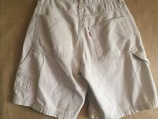"Levi's  waist 28"" inseam 9.5"" cotton Men's Carpenter shorts beige good"