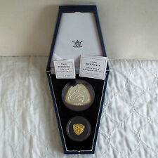 BERMUDA 1996 TRIANGULAR GOLD AND SILVER PROOF 2 COIN SET - complete