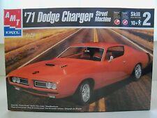 AMT/ ERTL (1971) '71 DODGE CHARGER SUPER BEE STREET MACHINE MODEL KIT (SEALED)