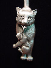 """JJ"" Jonette Jewelry Silver Pewter 'Mom CAT Carrying Her Kitten' Pin"