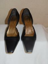 Gucci Black And Gold Leather Suede Round Toe Pump Shoes Size 36. 5 C
