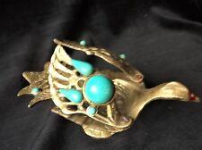 Insolito vintage ottone massiccio piccolo piatto Bird con inserti in turchese Ali di apertura
