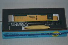 Athearn 4428 Chicago & North Western SD40-2  powered locomotive Ho Scale kit