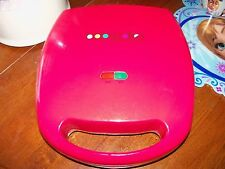 BABY-CAKES,CUP-CAKE MAKER MODEL#CC-2828 RED, 1400 W