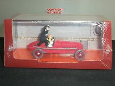 TINTIN NO.8 LES CIGARES DU PHARAON COMIC RED DIECAST MODEL SPORTS CAR