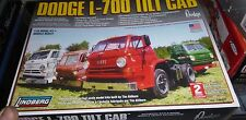 LINDBERG DODGE L-700 TILT CAB TRUCK 1/25 Model Car Mountain KIT FS