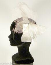 Chapeau de cérémonie femme pince RUE du BAG blanc cassé mariage French white hat