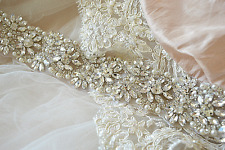 KIARA BRIDAL SASH wedding belt Vintage Crystal Pearls Luxury Dress Rhinestone