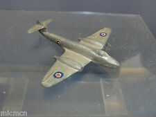 "DINKY TOYS  MODEL No.70e "" METEOR"" TWIN JET FIGHTER"