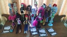 MONSTER HIGH - 15 DOLLS INCLUDING 3 BOY DOLLS + EXTRA ACCESSORIES !