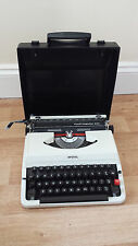 Vintage 1960s Imperial Good Companion 203 portable typewriter & case