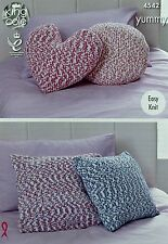KNITTING PATTERN Cushions/Pillow Heart Round Square Easy Knit Yummy Chunky 4542