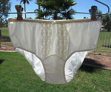 VINTAGE 1950s VANITY FAIR FLORAL LACE PANTIES SIZE 6 NYLON NEVER WORN BOW WHITE
