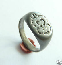 Ancient post-medieval bronze seal-ring (395).
