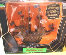 LEMAX HALLOWEEN SPOOKY TOWN LIGHTED GHOST GALLEON