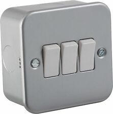 10A 3G 2 Way 230V Metal Clad Electric Wall Plate Switch For Home or Work Lights