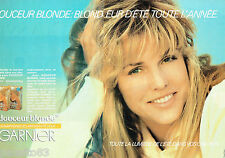 PUBLICITE ADVERTISING 115  1984  Le Shampoing Douceur Blonde (2p) GARNIER