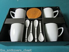 Raymour and Flanigan coffee set, 4 mugs, spoons and coasters, NIB [a*4]