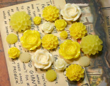 20pcs - Resin Flower Cabochons - Yellow