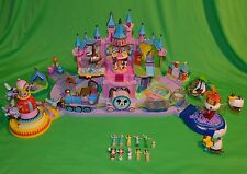 Original Vintage 2000 DISNEY Polly Pocket Magic Kingdom CASTLE Playset & Figures
