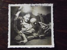VTG 1940's 2 MEN & 1 WOMAN IN BED USING TABLE LAMP FOR ABSTRACT EFFECT  PHOTO