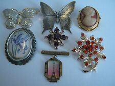 NICE LOT 7 VINTAGE & MODERN COSTUME JEWELLERY BROOCHES -inc TLM