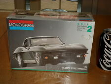 1965 CHEVROLET CORVETTE - STREET MACHINE CAR, Plastic Model Kit, Scale 1/24