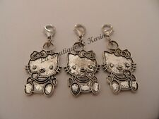 3 CHARMS BRELOQUE HELLO KITTY METAL ARGENTE A FERMOIR -  BRACELET BIJOUX PERLES