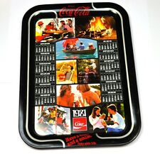 Coca-Cola Coke 45 cm Blech Tablett USA Serviertablett Kalender 1981 Serving Tray
