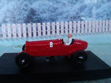 1/43 Rio (Italy) 1932 Alfa Romeo grand prix P3  with figure