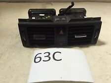 08 09 10 11 MERCEDES W204 C300 AIR VENT VENTS W/ HAZARD SWITCH M 63C