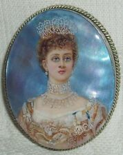 Lacquer brooch Mother of pearl Alexandra of Denmark miniature Hand Painted