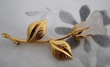 vintage gold tone and frosted carved lucite rose bud brooch - j5356
