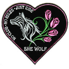 4611 She Wolf Heart Shaped Embroidered Patch