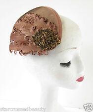 Brown & bronze plume à pince à cheveux bandeau vintage courses strass R34