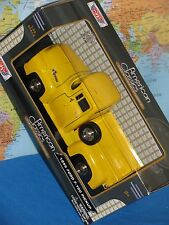 1/24 1955 FORD F-100 PICKUP YELLOW AMERICAN CLASSICS PREMIUM DIE-CAST BRAND NEW