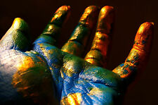 Framed Print - The World Painted on a Hand (Picture Poster Contemporary Art)