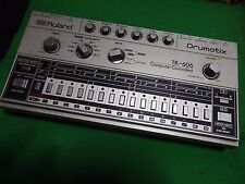 Roland TR-606 tr606 Drum Machine Vintage rhythm machine WORLDWIDE SHIPPING