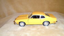 1/24 DIE CAST MOTOR MAX CLASSIC 1974 FORD MAVERICK  SCHOOL BUS YELLOW