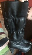 J Shoes Leather Quilted Boots Size 3