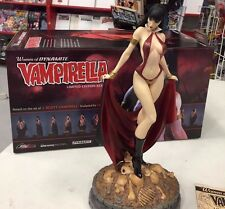Women of Dynamite VAMPIRELLA Statue Bust J. Scott Campbell Limited Edition 1969
