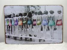 Plaque murale métal déco pinup vintage retro concours de pin-ups maillot de bain