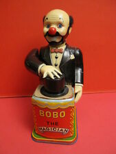 ALL ORIGINAL NOMURA RED BOBO THE MAGICIAN WIND UP JAPAN 1950