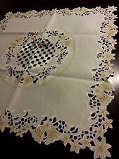 """33""""Square Embroidered Christmas Bells Poinsettia Cutwork Tablecloth Home  Decor"""