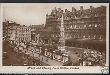 London Postcard - Strand and Charing Cross Station    RS510