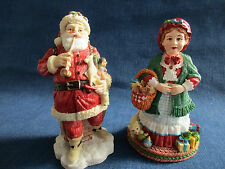The International Santa Claus Collection~Mr & Mrs Santa Claus~set of 2~NIB