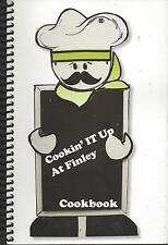 *DUBUQUE IA *COOKIN IT UP AT *FINLEY HOSPITAL COOK BOOK *STAFF & VOLUNTEERS